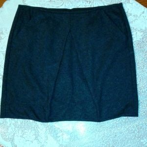 CAbi Ladies Skirt